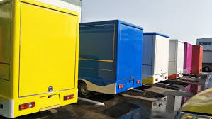 China 4X2 4 Wheels Petrol Engine Mobile Food Sales Truck Mobile ... Food Truck Suppliers China Trailer Manufacturer In Coussmnelobstfoodtrucktrailer New For Sale 1995 Chevrolet W4 Tiltmaster Vending Item G3092 So 2018 Ford Gasoline 22ft Food Truck 185000 Prestige Custom China Roasted Chicken Hot Dog Cart Vending With Cooking Lunch Canteen Used Sale Pennsylvania Fooding Street Coffee Shop Mobile F350 Super Duty Cold Delivery Pig Built By Trucks American