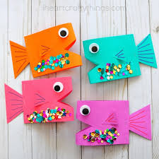The Bend In Paper Allows Fish To Stand Up Giving Them An Awesome 2 Dimensional Look Get Ready For Some Fun Because This Craft Is Sure