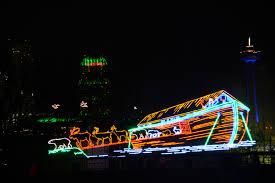 Skylon Tower Revolving Dining Room Reservations by Festival Of Lights Niagara Falls Equinoxbus Com Charter Bus