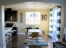 Modern Dining Room Decoration With Wonderful Horizontal Striped