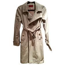beige carolina herrera trench coat vestiaire collective