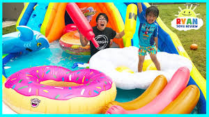 Giant Inflatable Water Slide For Kids With Pool Party Floats