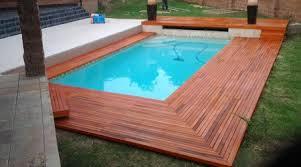 margelle piscine en bois prix d une margelle de piscine tarif moyen coût de pose