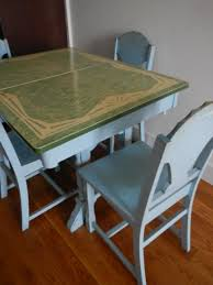 Enamel Kitchen Table And Chairs O Kitchen Tables Design
