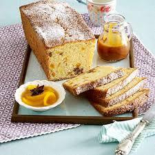 kastenkuchen mit trockenobst und 2 toppings