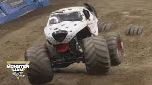 100 Monster Truck Video Mutt Dalmatian Winning Freestyle Los Angeles