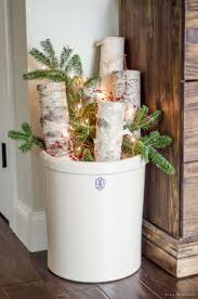 Outdoor Christmas Decorations Ideas 2015 by Best 25 Farmhouse Christmas Trees Ideas On Pinterest Farmhouse