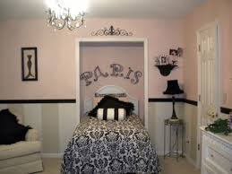 Paris Themed Living Room Decor by 15 Best Paris Themed Rooms Images On Pinterest Bedroom Ideas