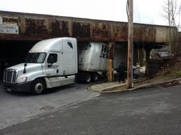 100 Gps For Truck Drivers In Philly Suburbs Truck Drivers Often Using GPS Apps Smash Into
