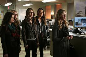 Pll Halloween Special 2014 Online by Nautical By Nature Pretty Little Liars The Complete Fifth Season