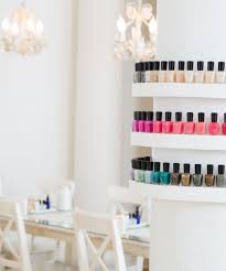 Salon Decorating Ideas Budget by Best Nail Salons Nyc Manicure Pedicure New York