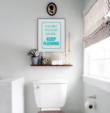 druckbare lustige badezimmer print witzigen spruch wenn sie auf den ersten nicht gelingt halten spülung bad wand kunst erinnerung