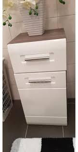 badezimmer schrank in 4470 enns für 60 00 zum verkauf