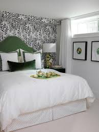 Flsrafl Wallpaper Green Upholstered Headboard Bedroom S Rend Hgtvcom