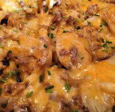 Country Hamburger Skillet Is A Simple Easy Filling Dinner The Whole Family Will Love Yukon Gold Potatoes Are Cooked Up With Pound Of Ground Beef Onions