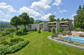 Stowe Rental Homes Stowe Vermont Vacation Condo Rentals Stowe Rental Homes Vermont Vacation Condo Rentals Ski Guide Nordic Williams College Team March 2011 Oh Laura Nicole Diamond Smugglers Notch Center Outdoor Project Barn Rebrands As Mountainops Business News Swetodaycom