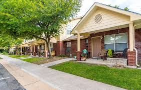 100 Cornerstone Apartments San Marcos Tx 3 Bedroom For Rent In Forrent Com