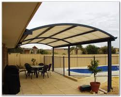 Inexpensive Patio Cover Ideas by How To Enclose A Patio Cheaply Home Outdoor Decoration