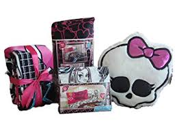 amazon com monster high twin bedding set complete comforter