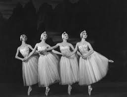 ballet dance definition and origins