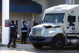 100 Truck Driving Jobs In New Orleans Man Accused Of Killing Armored Truck Driver Pleads Not Guilty