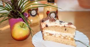 apfel schmand torte mit verpoorten original eierlikör