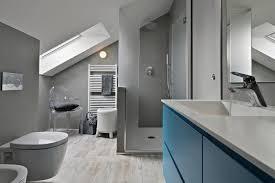 graues badezimmer ideen zum einrichten gestalten