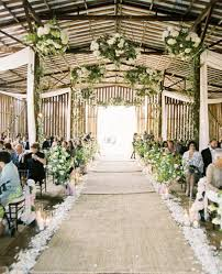 Beautiful Barn Wedding Aisle With Burlap Runner You Can Get Rid Of The If Thats Not Your Thing