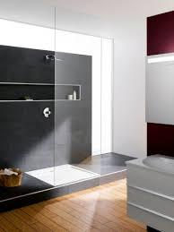 ein podest für bodenebenes duschvergnü badezimmer