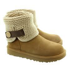 ugg ladies shaina knit boots in chesnut in chestnut