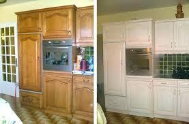 peindre meuble de cuisine repeindre une cuisine rustique les actapes pour repeindre ses