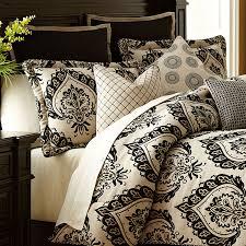 Equinox Luxury Bedding Set from the Michael Amini Bedding