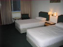 hotel bedrooms beds helpforyourenglish