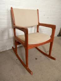 Vintage Mid-Century Modern Rocking Chair By Benny Linden For Sale At ... Mid Century Upholstered Rocking Chair Revolutionhr Fniture Beautiful For Home Baxton Studio Bethany Contemporary Gray Fabric Wayfair Custom Upholstery Marlowe Danish Modern Teak At 1stdibs American Style Covered In Modern Fabric Lovely Arms Royals Courage Comfy And Costway Retro Senarai Harga Comfortable Relax Gliders Lounger Cotton White Everyone Luxury Chair Nursery Chairs Bunny Clyde