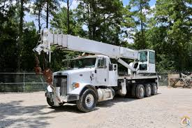 Sold Used Altec AC38-127S-HL-SWS Mounted To 2012 Peterbilt 365 ...