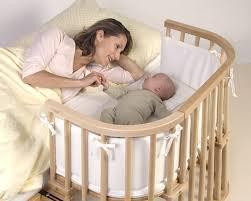 babybett im elternschlafzimmer ja oder nein