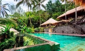 104 Hanging Gardens Bali Hotel Hidden Palace Wedding For Two Wedding Planner