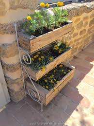 This Is Another Cool And Awesome Pallet Planter Project For Garden You Can Make As Many Like To Decor Your It Greener