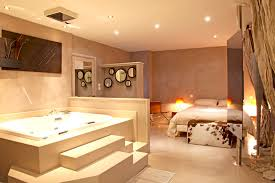 chambre jaccuzzi chambre luxe images design trends 2017 shopmakers us