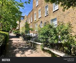 100 Houses In Hampstead HAMPSTEAD LONDON Image Photo Free Trial Bigstock