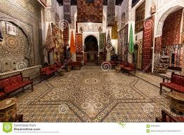 magasin de tapis magasin de tapis dans fes la médina image éditorial image 63506505