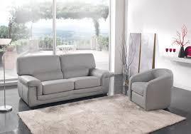 meubles canapé salon en cuir moderne ou rustique en exposition permanent chez votre