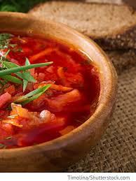 ukrainischer borschtsch gemüsesuppe mit fleisch und gemüse