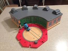 Tidmouth Sheds Wooden Roundhouse by Thomas U0026 Friends Wooden Railway Tidmouth Shed Engine Roundhouse