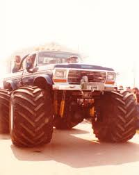 BIGFOOT 2 In Indianapolis, 1982. | BIGFOOT 4X4X4 | Pinterest ... Monster Trucks Lined Up Wiring Diagrams Truck Show 5 Tips For Attending With Kids Jam Photos Indianapolis 2017 Fs1 Championship Series East Coty Saucier Coty_saucier Twitter Nrg Park Team Scream Racing Indiana January 30 2016 Allmonster Collection 160 X13 175 X15 Big Bouncy Things Day 1 Video Recap From 4wheel Jamboree List Wwwtopsimagescom