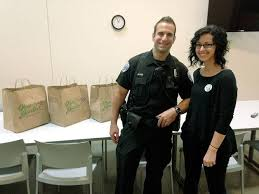 Olive Garden delivers Labor Day lunches to Kirkland police