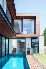 100 Preston House BowerBird