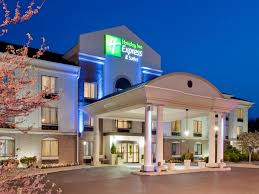 Holiday Inn Express & Suites Easton Hotel by IHG
