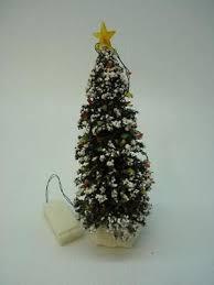 St Nicholas Square O Christmas Tree Lighted H1522