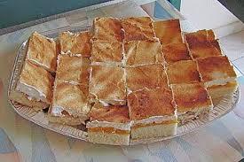 schmandkuchen auf dem blech mit mandarinen